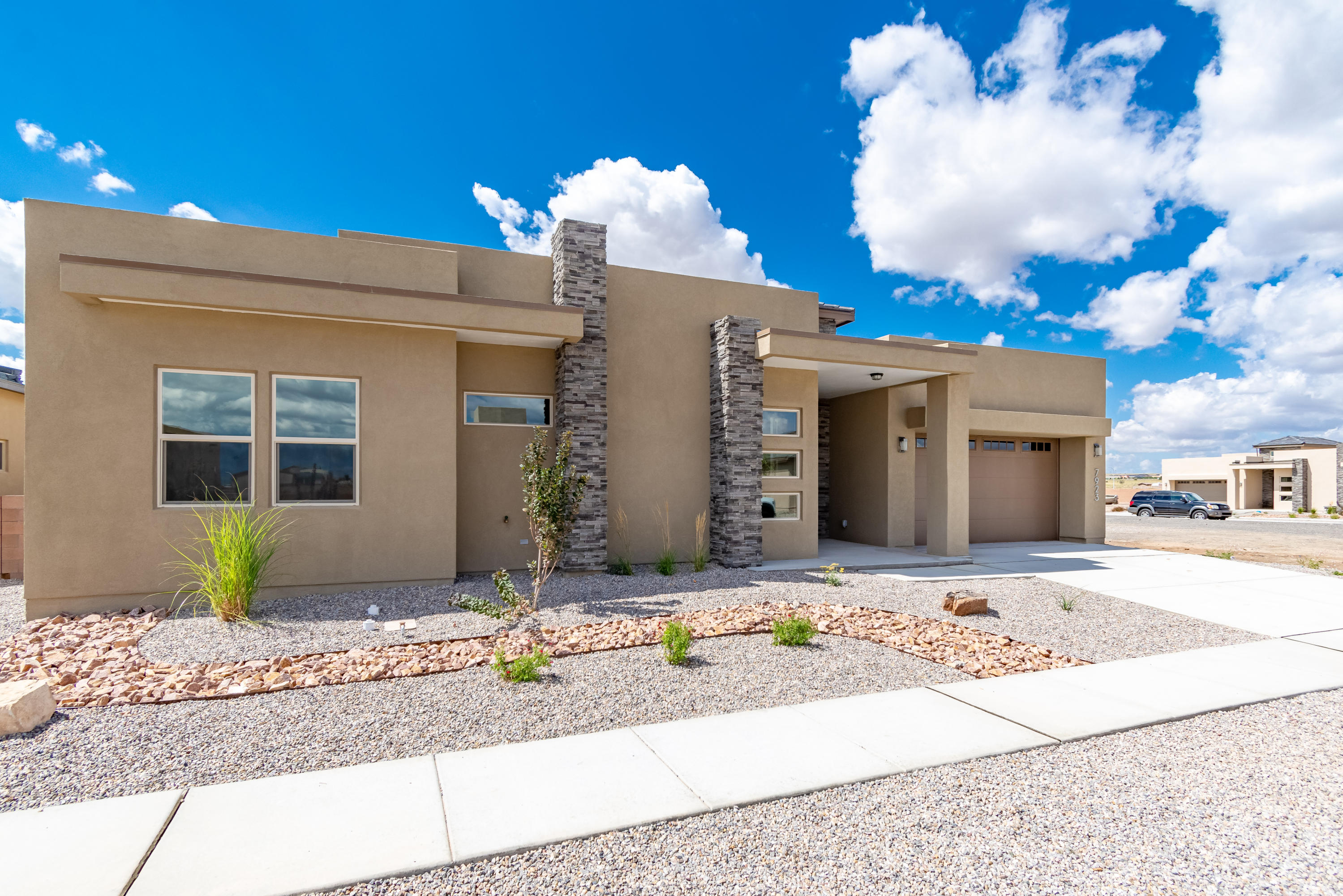 7923 NW Teaberry Road, Northwest Albuquerque and Northwest Heights, New Mexico