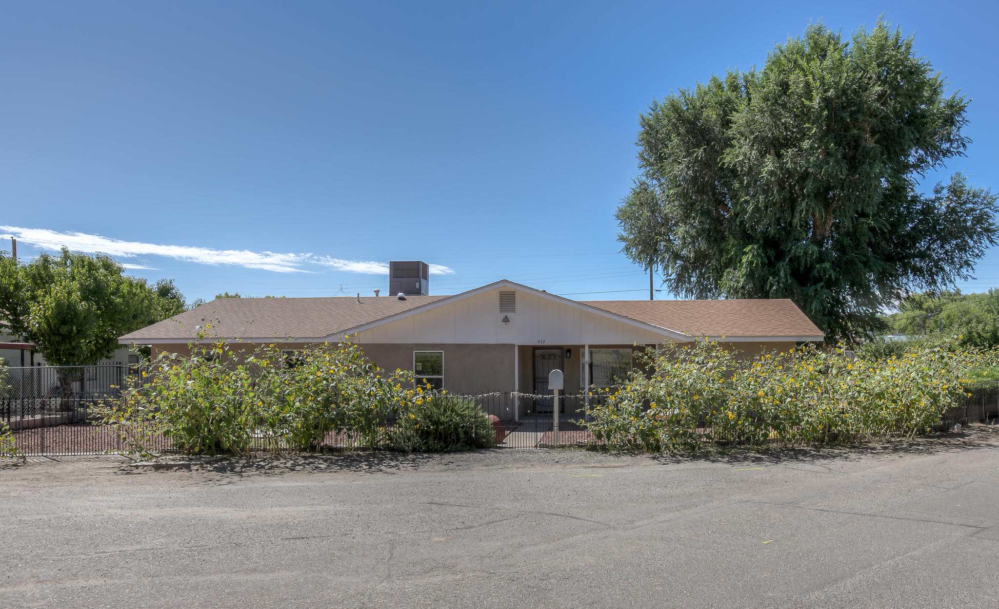 432  Aniceto Road, Northwest Albuquerque and Northwest Heights, New Mexico