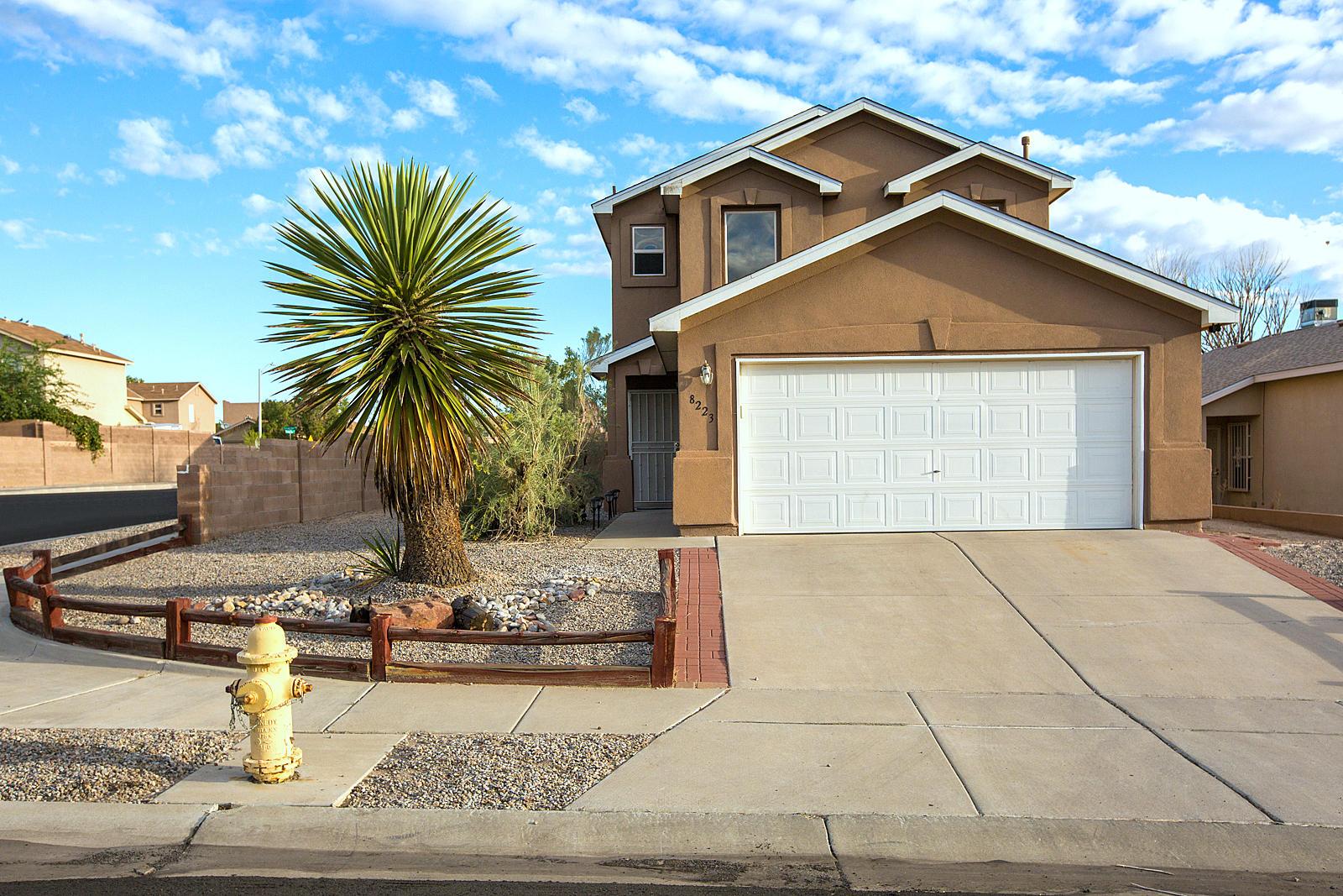 Northwest Albuquerque and Northwest Heights Homes for Sale -  Loft,  8223 NW CRIMSON Avenue