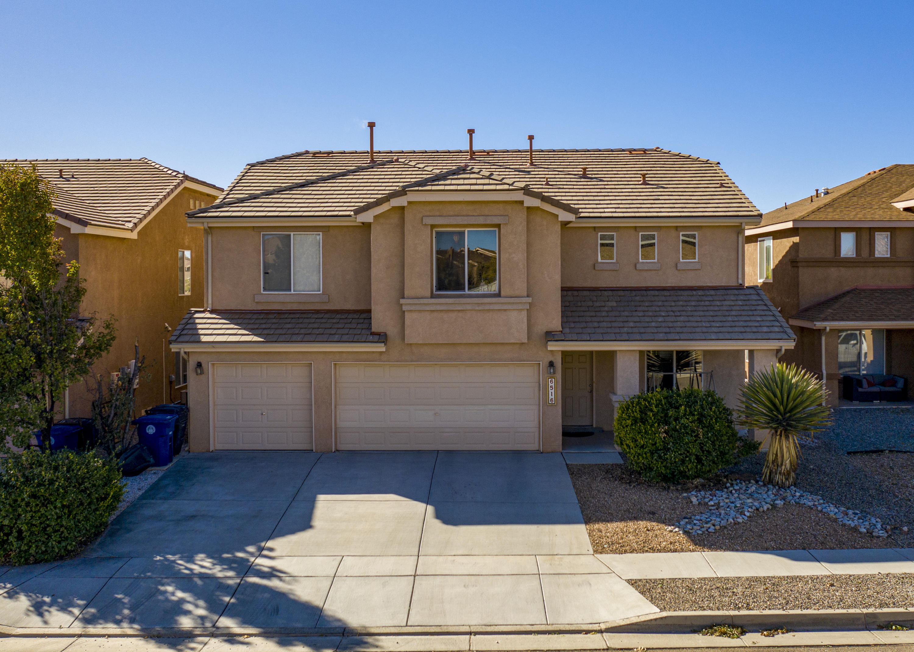 One of Northwest Albuquerque and Northwest Heights 4 Bedroom Homes for Sale at 6516 NW AVENIDA SEVILLE