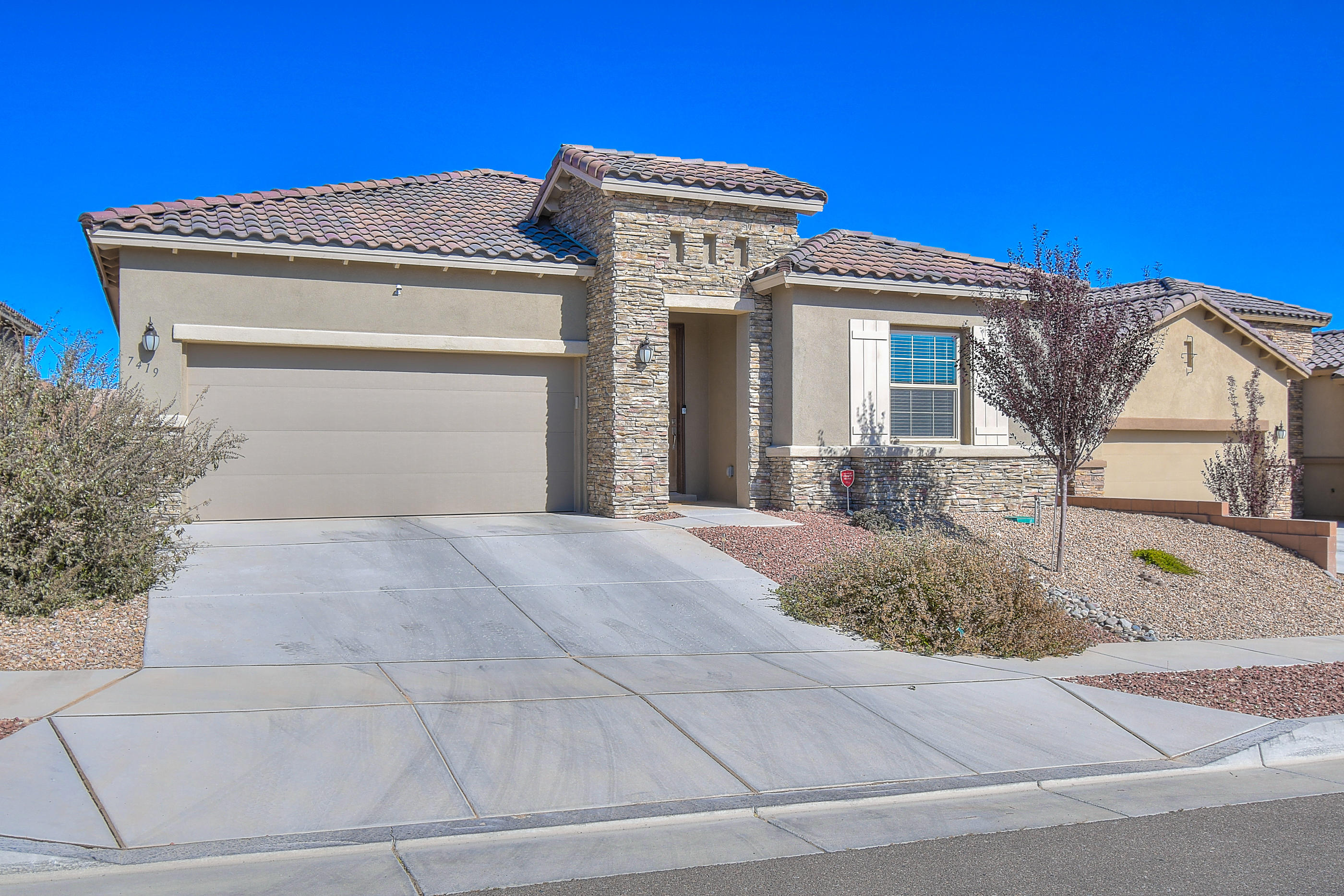 One of Northwest Albuquerque and Northwest Heights 3 Bedroom Homes for Sale at 7419 NW WINDOW PEAK Road