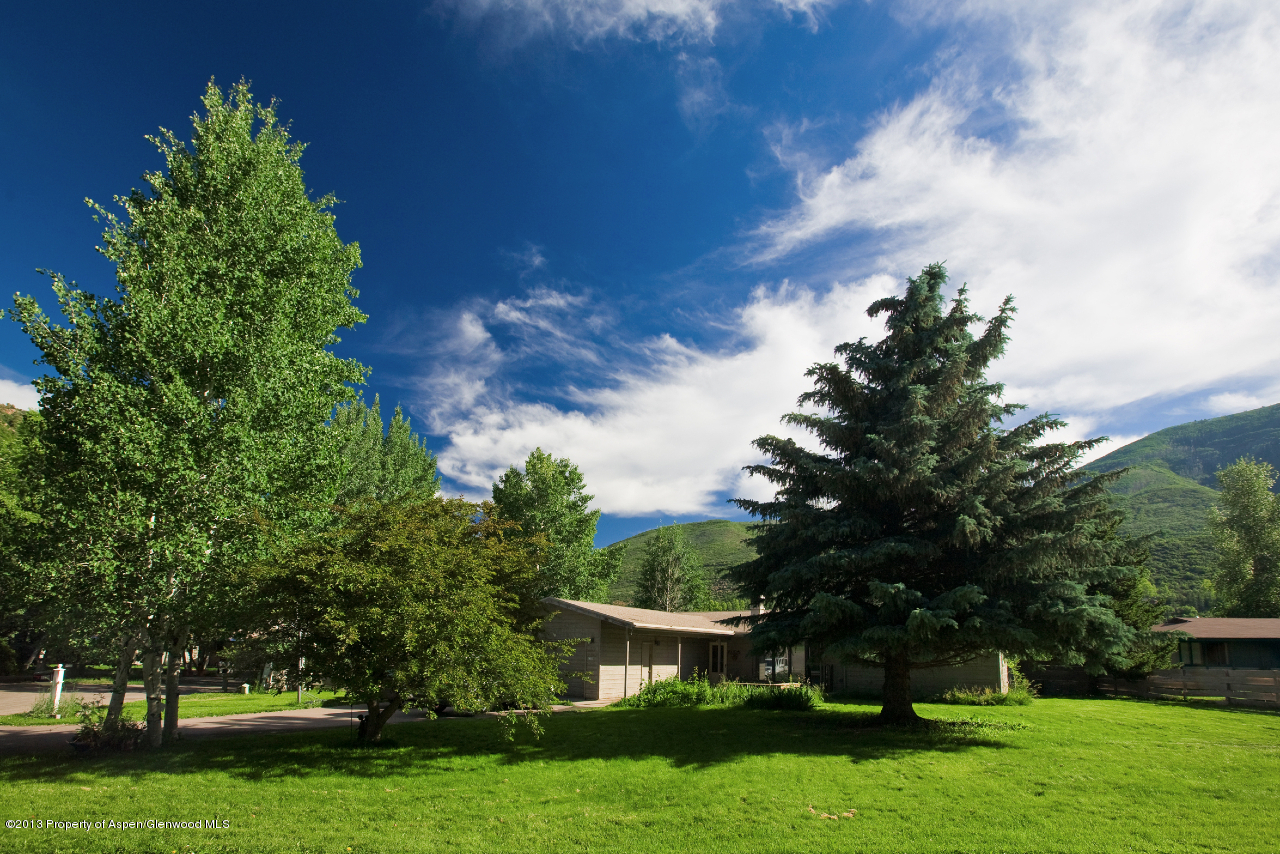 1330 Mountain View Drive - West Aspen, Colorado