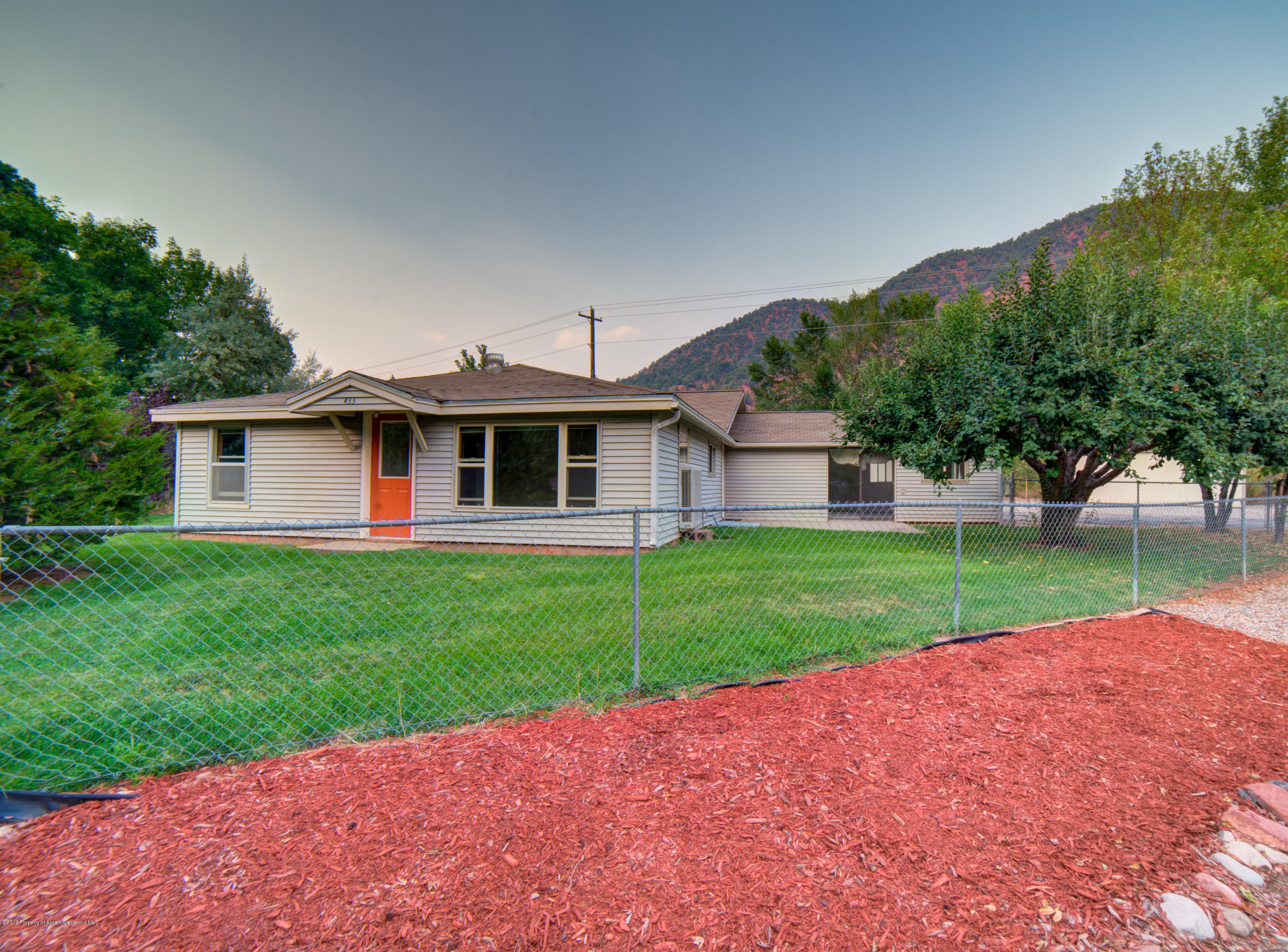 433 32nd Street Glenwood Springs Photo 1