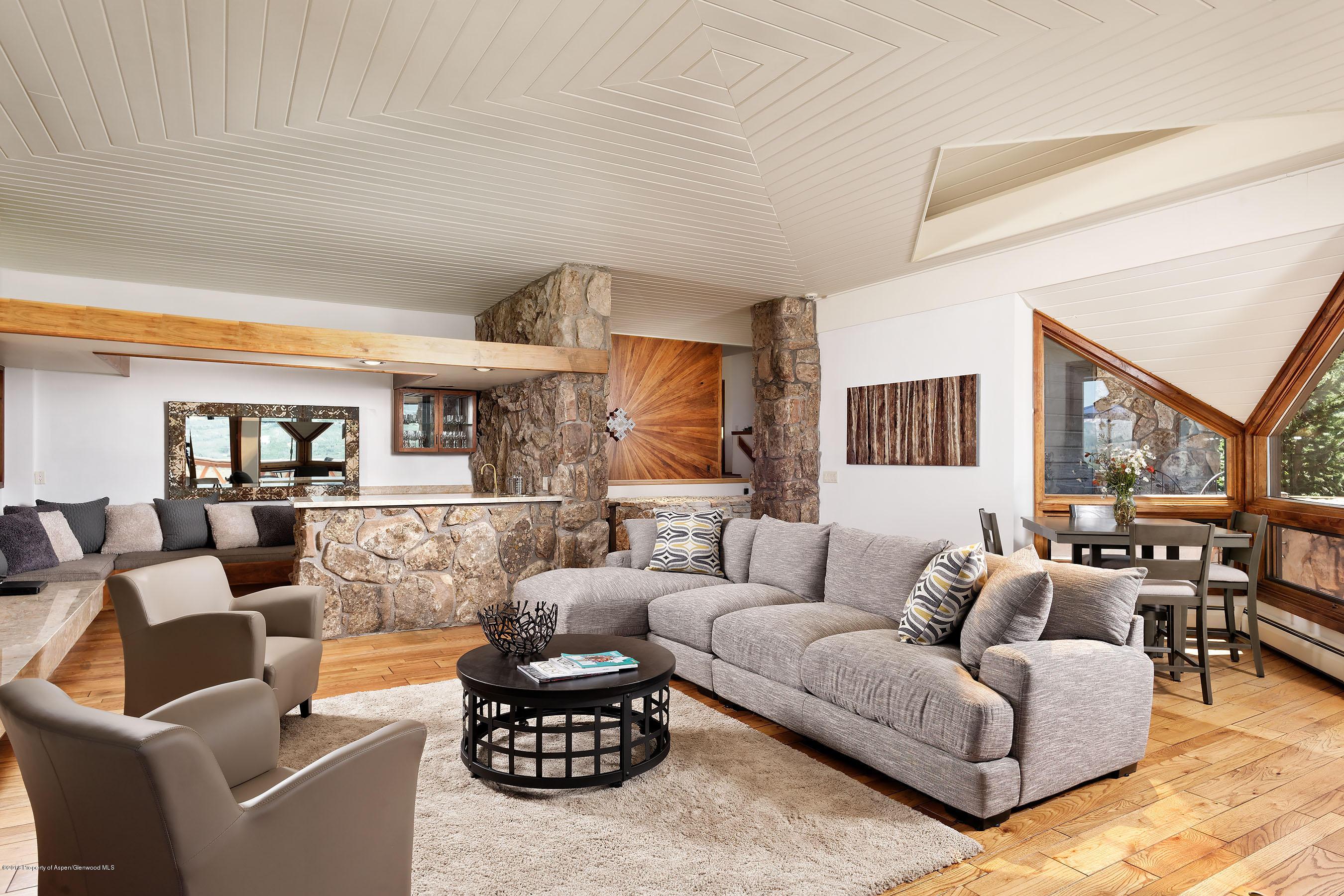 498 S Starwood Drive - McLain Flats, Colorado