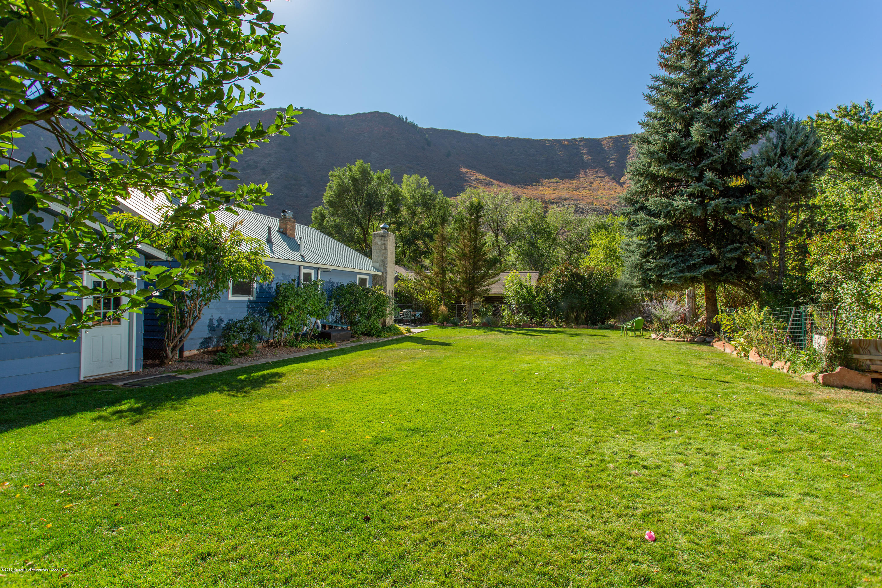 413 32nd Street Glenwood Springs Photo 4
