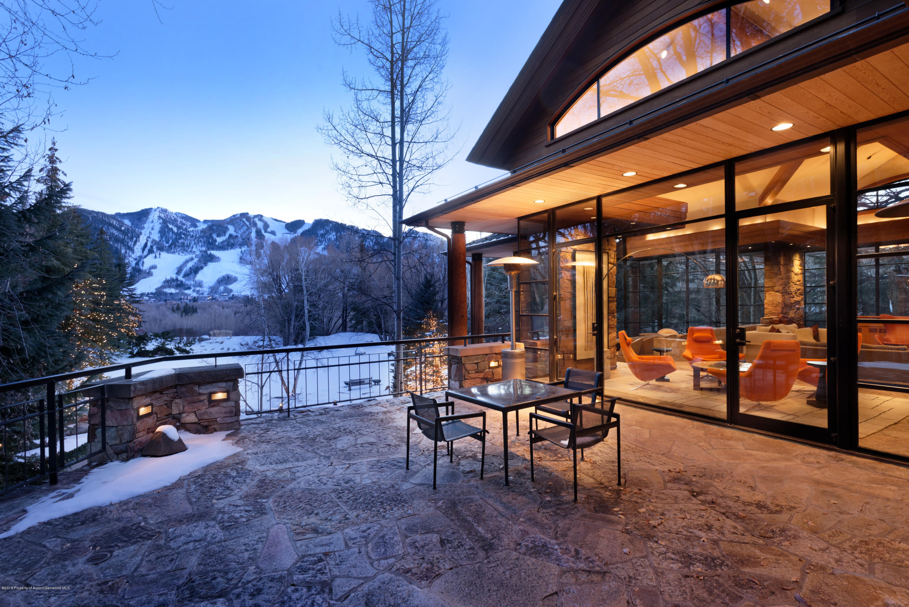 Estates Aspen Featured property