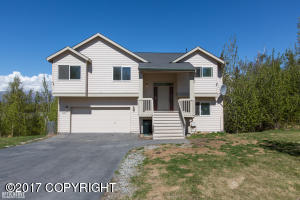 Property for sale at 8481 E Queensboro Avenue, Palmer,  AK 99645