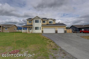 Property for sale at 163 N Ayrshire Circle, Palmer,  AK 99645