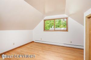 3rd Bedroom east side