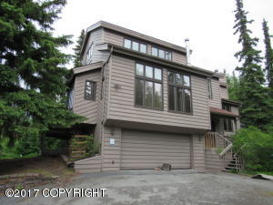 Property for sale at 10381 Tree Top Lane, Anchorage,  AK 99507