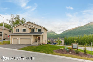 Property for sale at 20532 Pine Crest Lane, Eagle River,  AK 99577