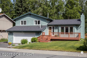 Property for sale at 17303 Laoana Drive, Eagle River,  AK 99577