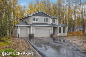 Property for sale at 8170 E Wolf Creek Road, Wasilla,  AK 99654