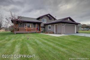Property for sale at 962 S Rebecca Drive, Palmer,  AK 99645