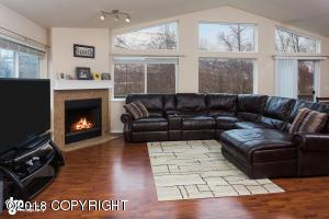 Property for sale at 9178 Eagle River Lane, Eagle River,  AK 99577