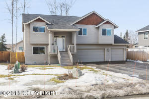 Property for sale at 13088 Curry Ridge Circle, Eagle River,  AK 99577