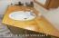 Handmade Spruce Counter Topo