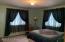 Home17_Room2