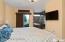 BedroomSuite_Master_3