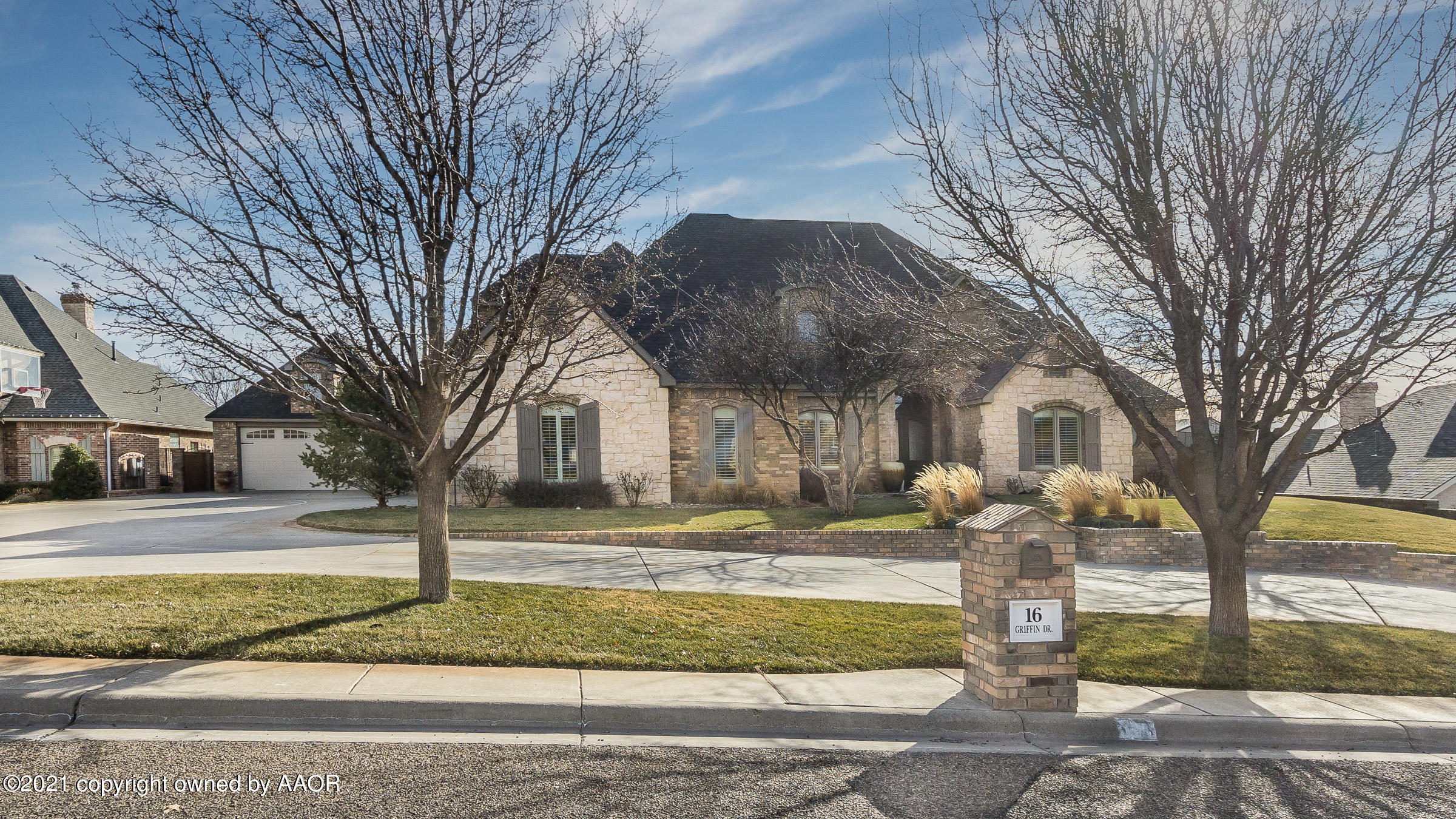 Photo of 16 GRIFFIN DR, Canyon, TX 79015