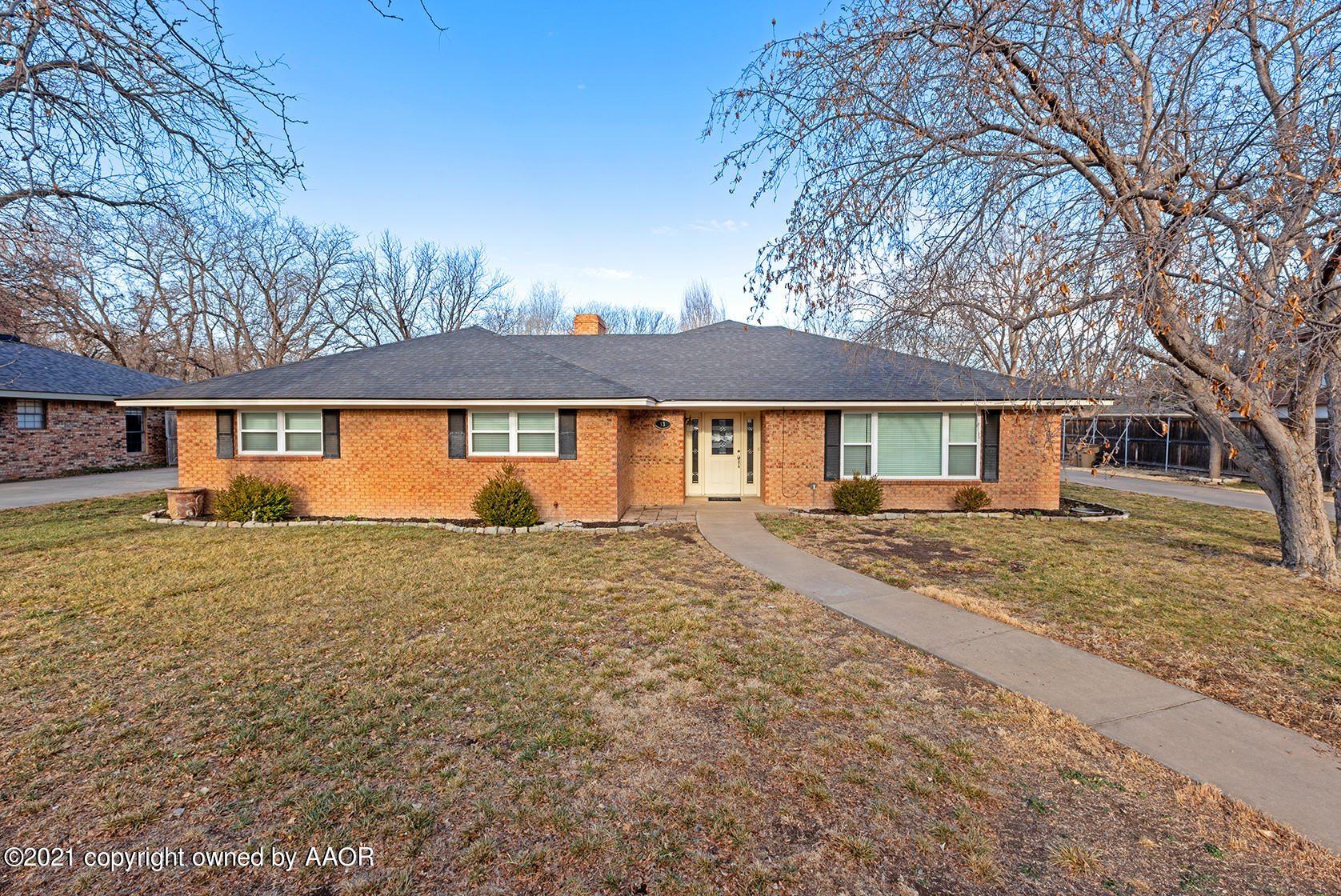 Photo of 13 COUNTRY CLUB DR, Canyon, TX 79015