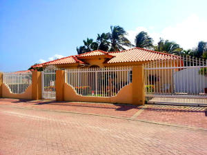 Residential-Casa En Venta En Noord, Noord, Aruba, AW RAH: 16-19