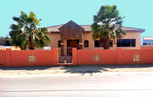Residential-Casa En Ventaen Noord, Noord, Aruba, AW RAH: 17-32