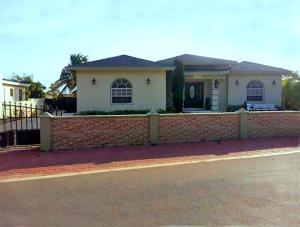 Casa En Venta En Noord - Código: 17-33