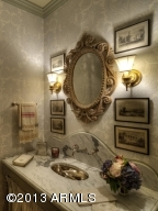 035_Powder Room
