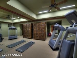 037_Fitness Room
