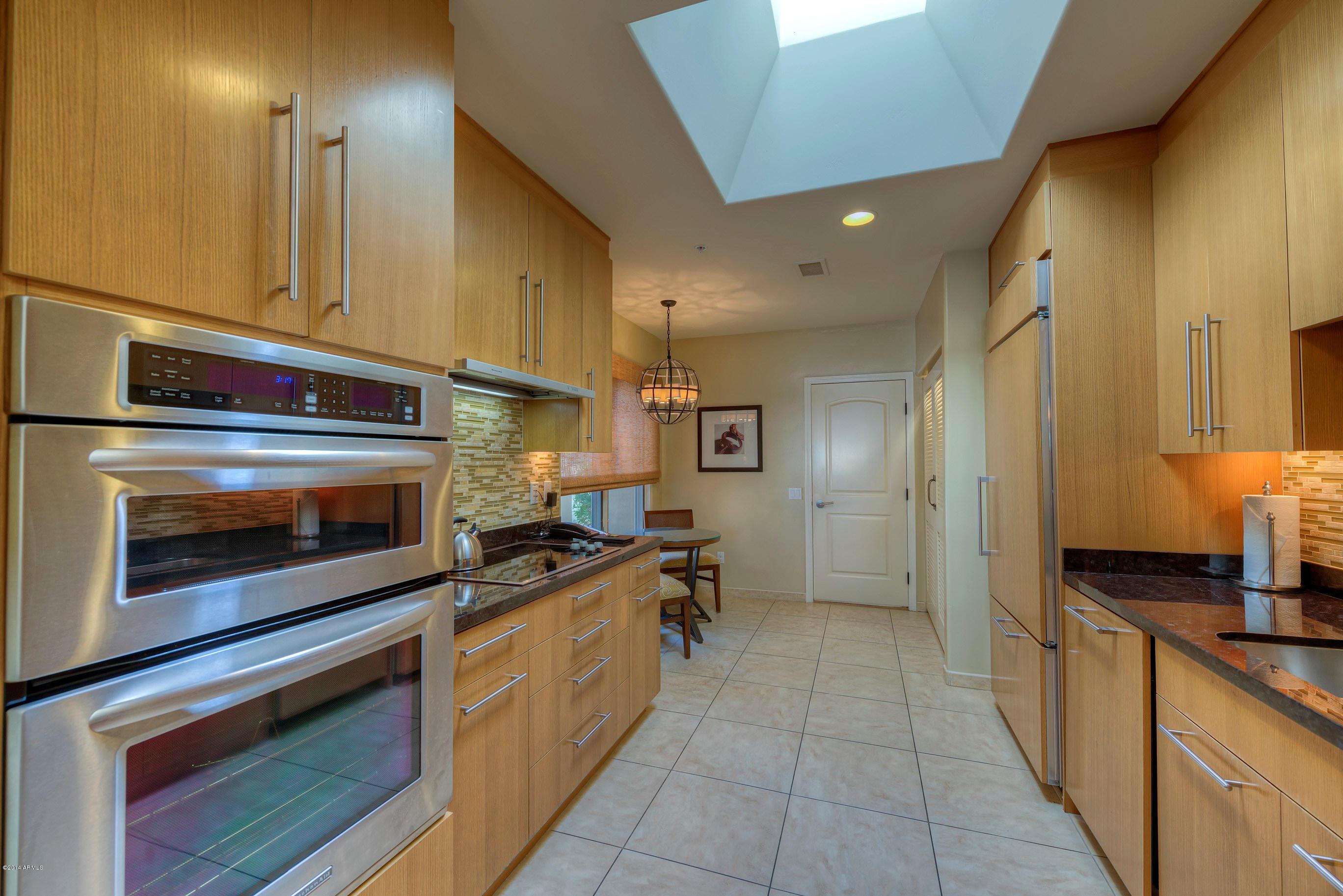 4531 N PHOENICIAN Place Unit 7702 Photo 8