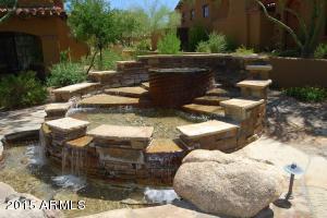 Haciendas at Desert Mountain water featu