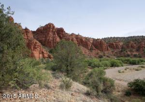 urrounded By Red Rocks & National Forest