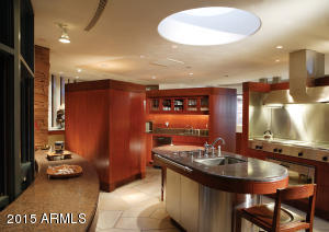 Luxuriously Appointed Gourmet Kitchen