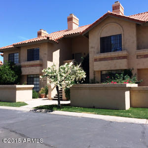 $124,900 - 1Br/1Ba - Condo for Sale in Hammocks At The Racquet Club At Scotts Ranch, Scottsdale