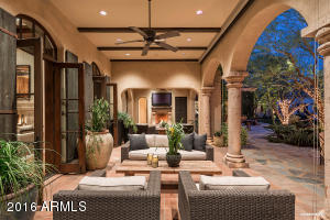 Grand Patio Living with TV