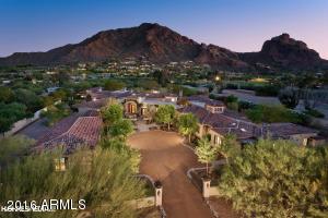 5625 E Nauni Valley Drive Paradise Valley, AZ 85253