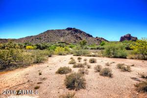 6001 N Nauni Valley Drive Paradise Valley, AZ 85253