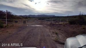 11970 S Blue Bell Road Mayer, AZ 86333