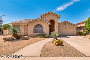 Property for sale at 1102 N Poplar Drive, Chandler,  AZ 85226