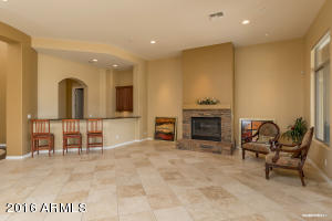Family Room/Wet Bar