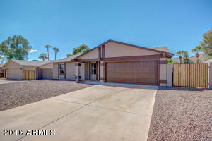 Property for sale at 10416 S 44th Street, Phoenix,  AZ 85044