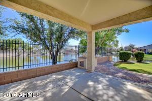 Property for sale at 977 E La Costa Place, Chandler,  AZ 85249