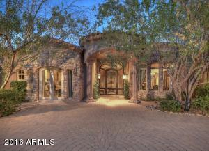 8305 N Ridgeview Drive Paradise Valley, AZ 85253