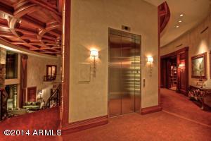 021_25 Person Kone Elevator