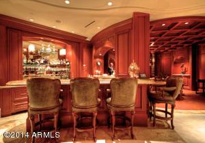 033_Bar & Lounge