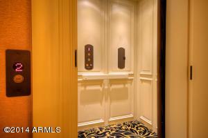 050_Master Bedroom Elevator