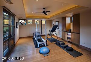 031_Indoor Gym