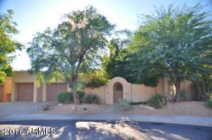 Property for sale at 8213 E Del Campo Drive, Scottsdale,  AZ 85258