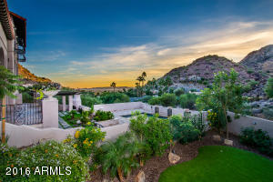 7202 N Clearwater Parkway Paradise Valley, AZ 85253